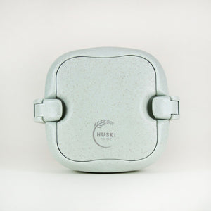 Multi-compartment lunch box in duck egg