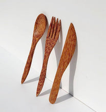 Load image into Gallery viewer, Coconut wood cutlery - set of 3