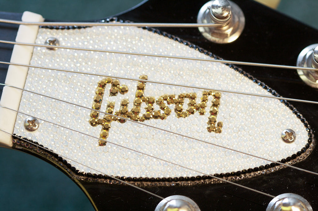 Truss Rod Cover with Gibson® logo for Flying V™