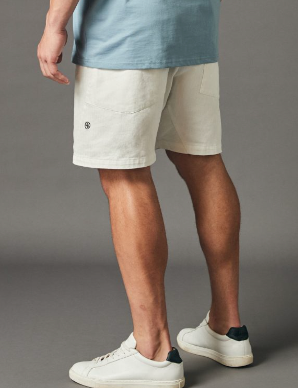 Relaxed Panel Shorts - White