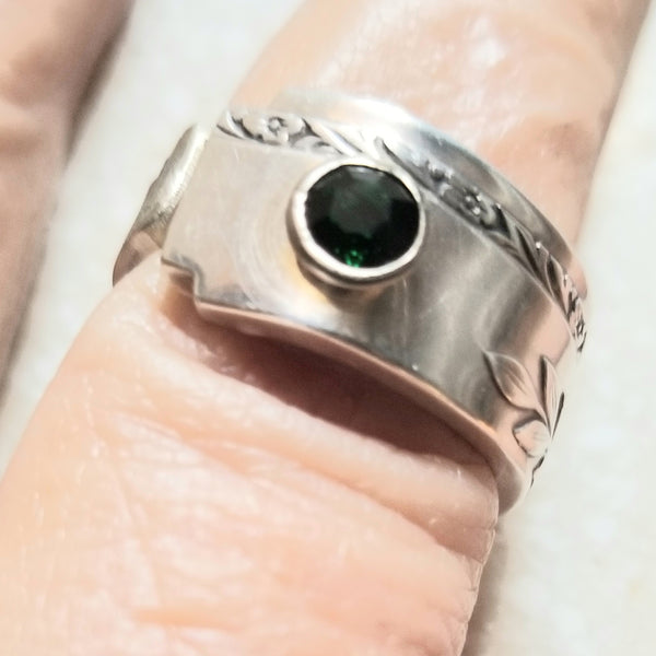 May birthstone silver ring, spoon ring, thumb ring, May gift, birthstone, emerald crystal, size 8, handmade, Grenoble silverware