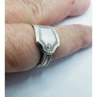 Spoon ring art deco style