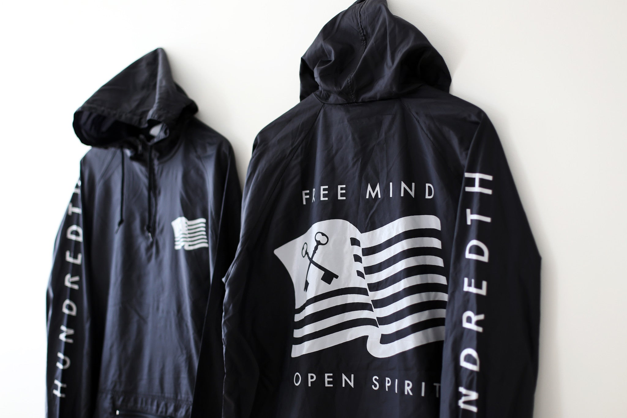 THE ANORAK PULLOVER (BLACK)