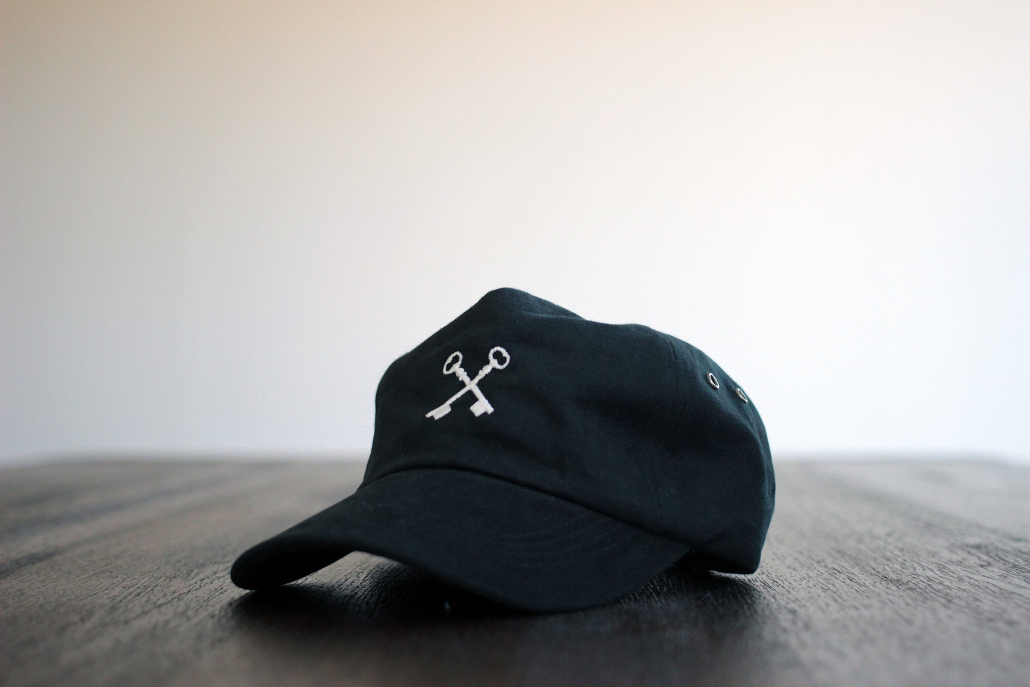 THE UNSTRUCTURED KEYS HAT