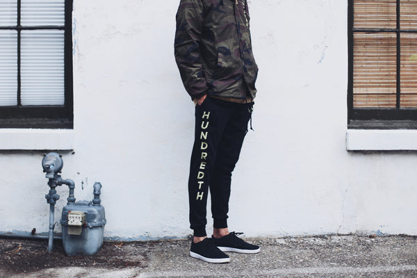 THE FLEECE JOGGERS (BLACK)