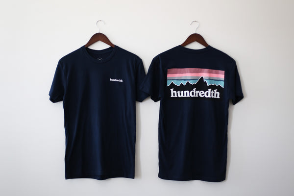 THE MOUNTAIN TEE (NAVY)