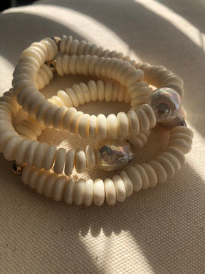 Sultana bracelets with pearl