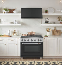 "Load image into Gallery viewer, Cafe C2Y366P3MD1 Café 36"" Dual-Fuel Professional Range With 6 Burners (Natural Gas)"