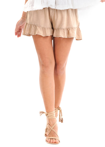 Iconique Shorts ANNIE beige mit Volants am Saum