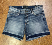 Andrea released hem short- denim