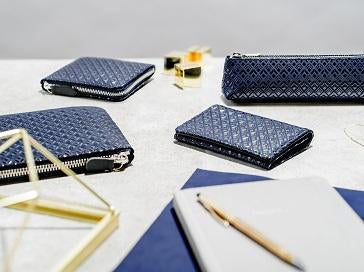 Zipped Long Wallet  Diamond Frame  Black x Navy