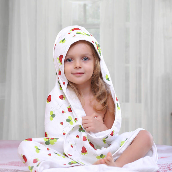 Bamboo Hooded Towel Strawberry