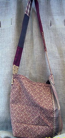 a lighter weight SAQ in taupe, burgundy and gold