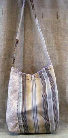 a mid-weight SAQ in cream, brown & blue