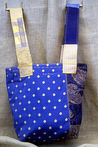 a mid-weight SAQ in royal blue & gold