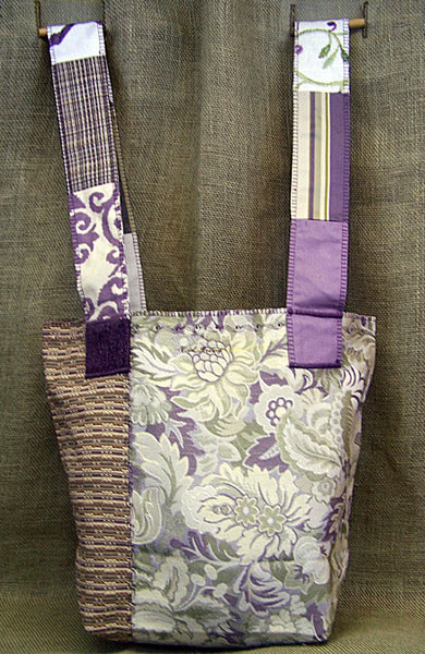 a mid-weight SAQ in lilac, green & cream shades