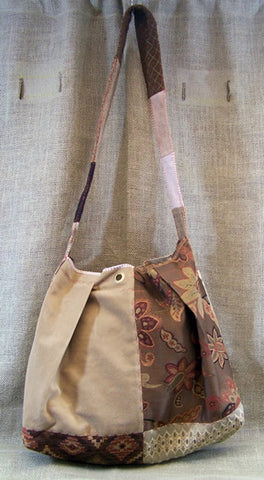 a mid-weight large SAQ in brown, copper, beige & rust