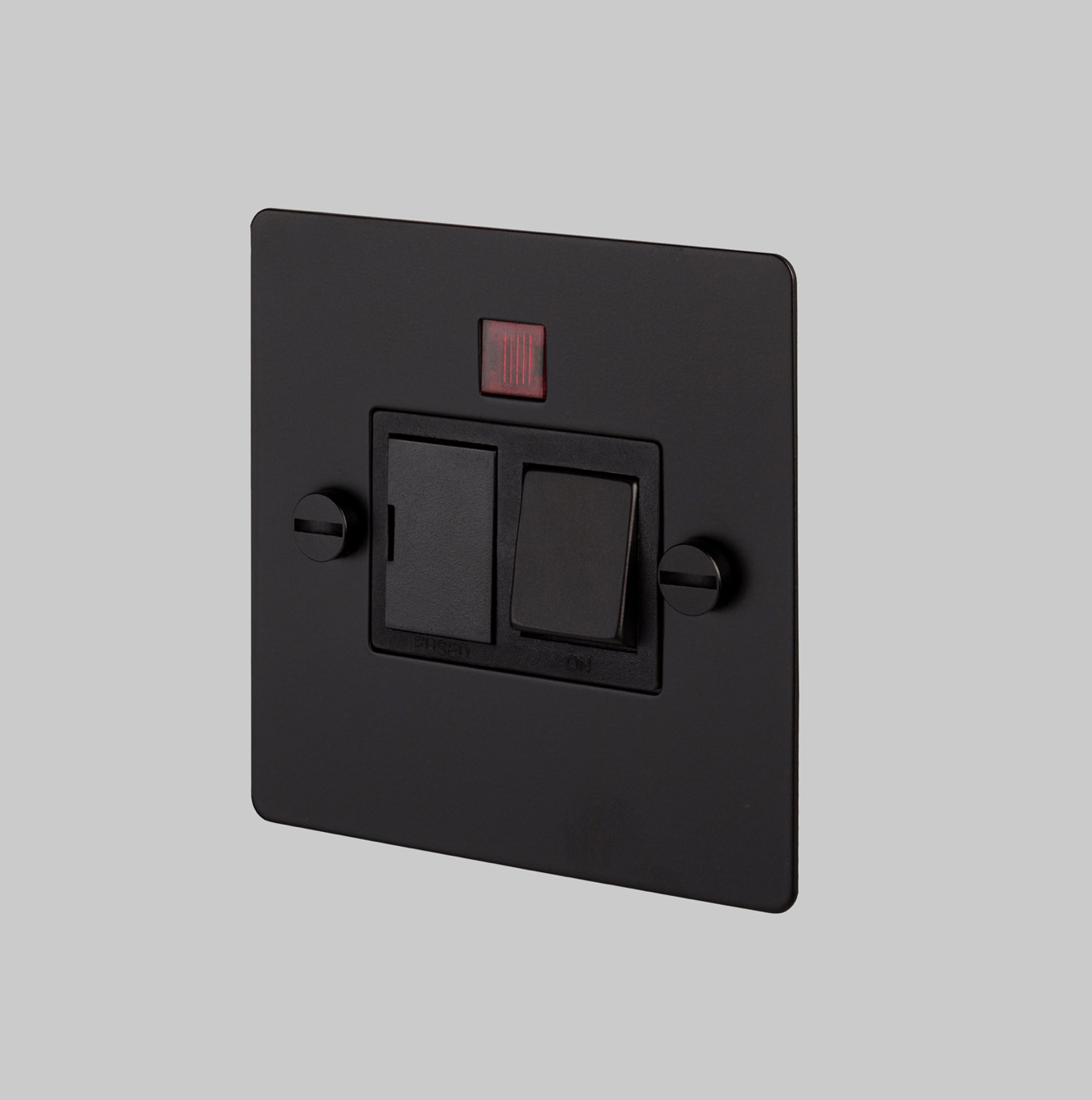 SWITCHED FUSED SPUR / BLACK - No.42 Interiors