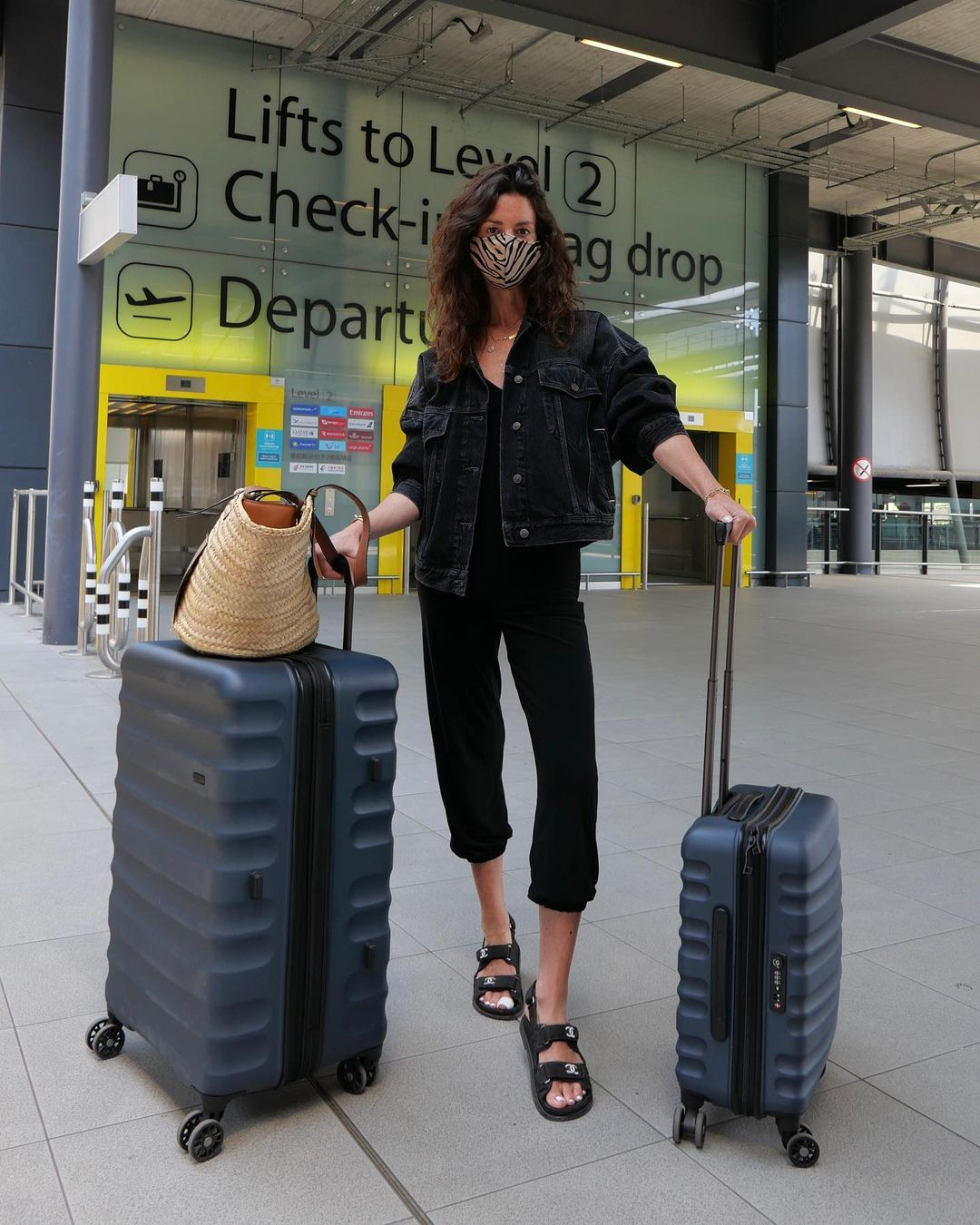 Hedvig Sagfjord Opshaug travels with Antler Clifton cases in navy