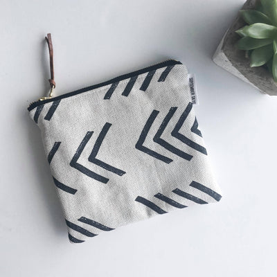 Simple zipped pouch in mudcloth arrow - Sass Beauty Lashes & Skincare