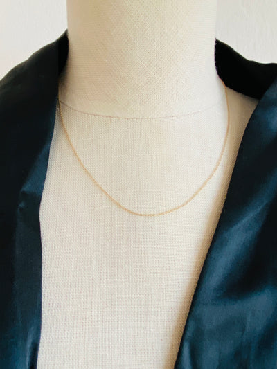 10K Yellow Gold Cable Chain Necklace .4 Grams