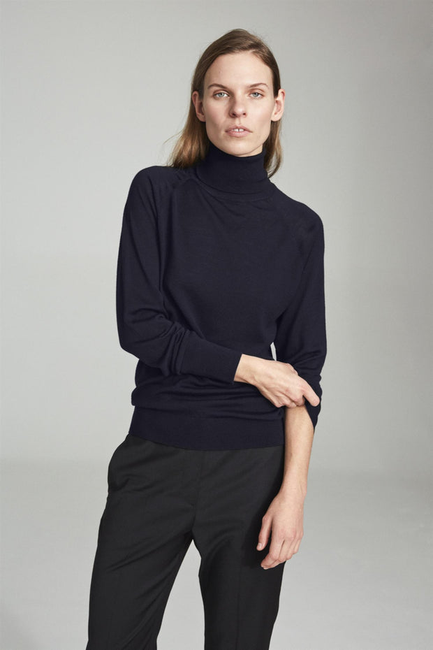 Madeleine Knit Turtleneck - Dark Navy
