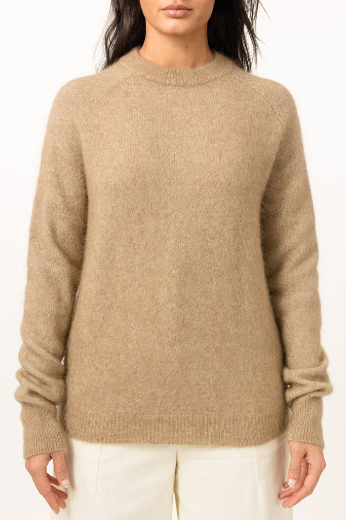 Soft Boyfriend Sweater - Camel