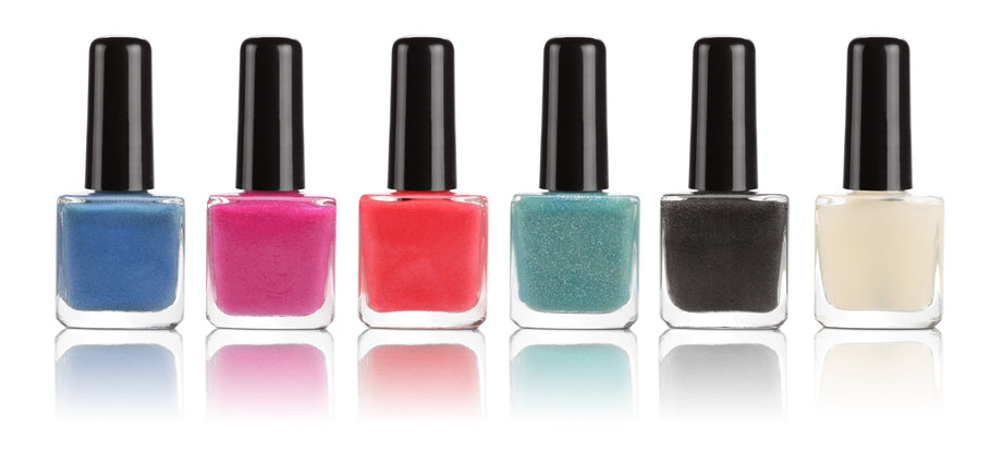 Is Painting On Nail Polish A Harmless Beauty Aid?