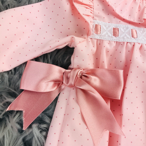 Pink Ribbon & Bows Spanish Ribbon Close
