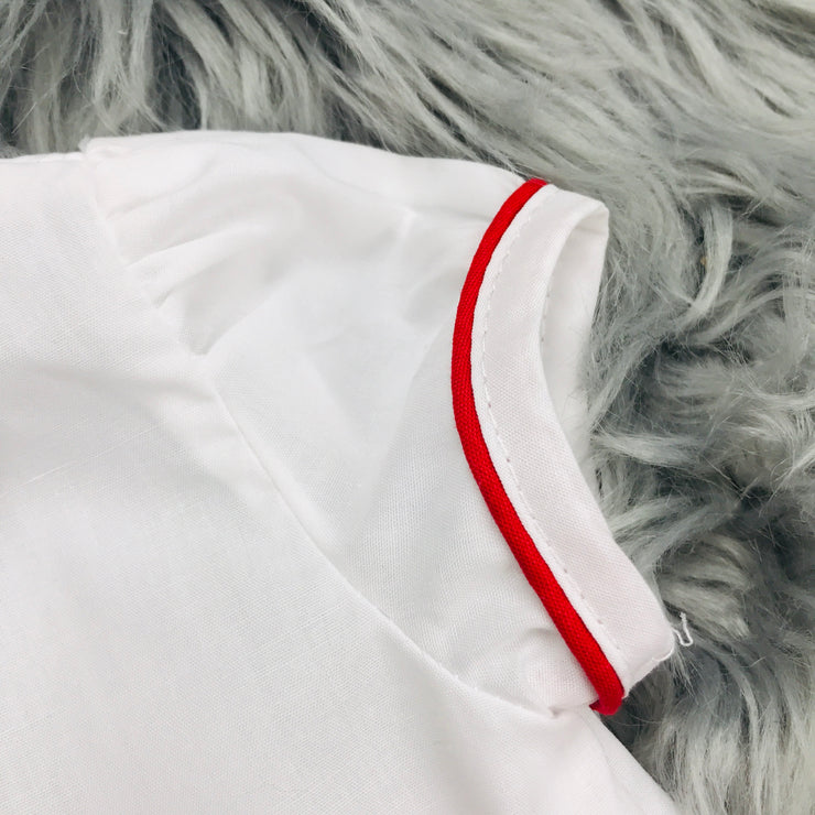 Red & White Shirt Sleeve Close