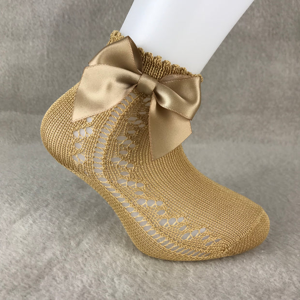 Camel Ankle High Open Weave Spanish Bow Socks