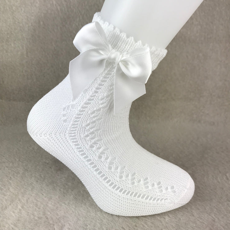 White Ankle High Open Weave Spanish Bow Socks