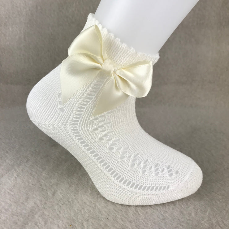 Ivory Ankle High Open Weave Spanish Bow Socks