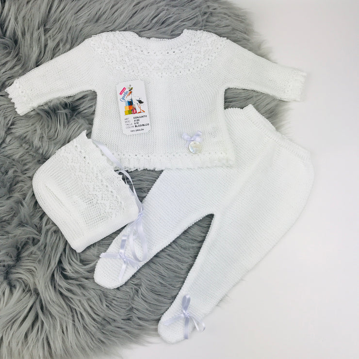 White Unisex Fine Knit Three Piece Spanish Set