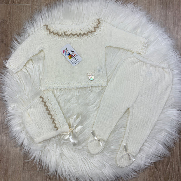 White & Cream Unisex Fine Knit Three Piece Spanish Set