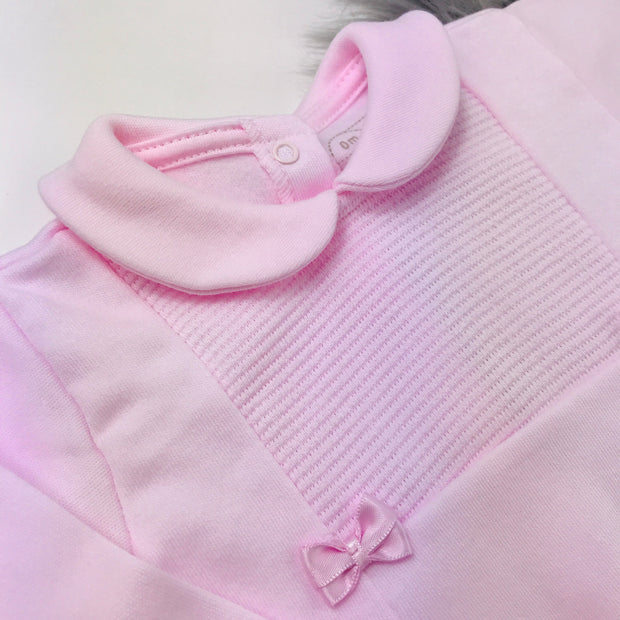 Baby Pink Top Collar Close