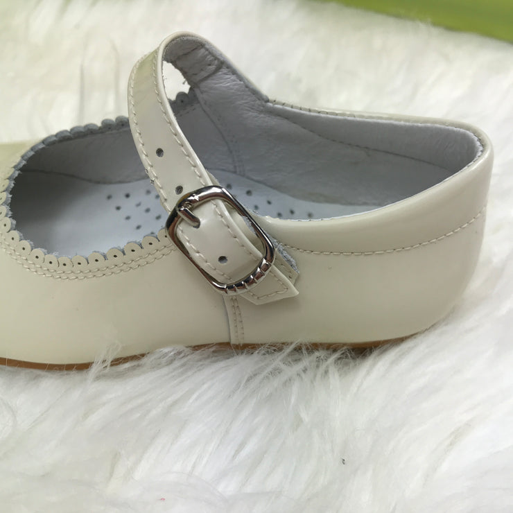 Beige Mary Jane Shoes Buckle