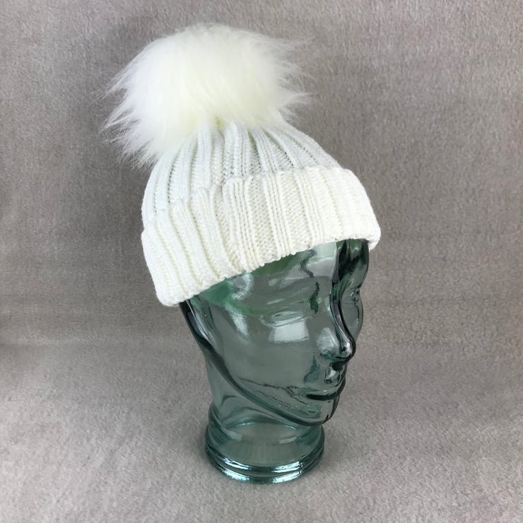 White Ribbed Single Faux Fur Pom Pom Hat