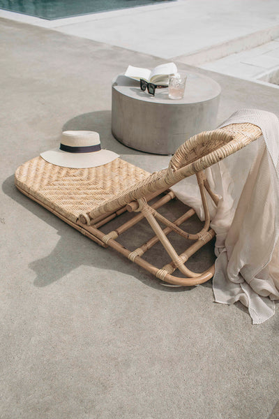 Foldable Rattan Sunbed - braided
