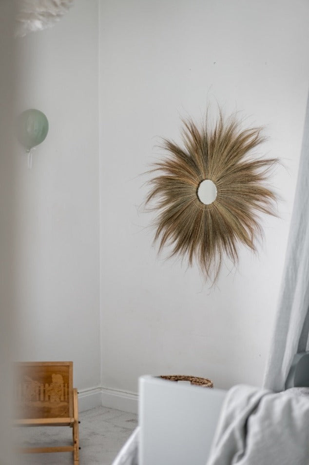 Round Grass Wall Deco