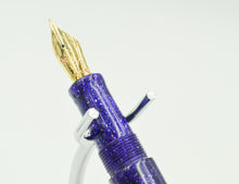 Load image into Gallery viewer, M414C - Purple Radiance Diamond Cast - Jowo 14kt Gold M nib