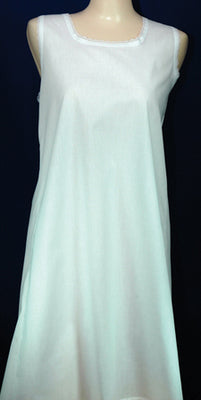 Open-back Slip, white
