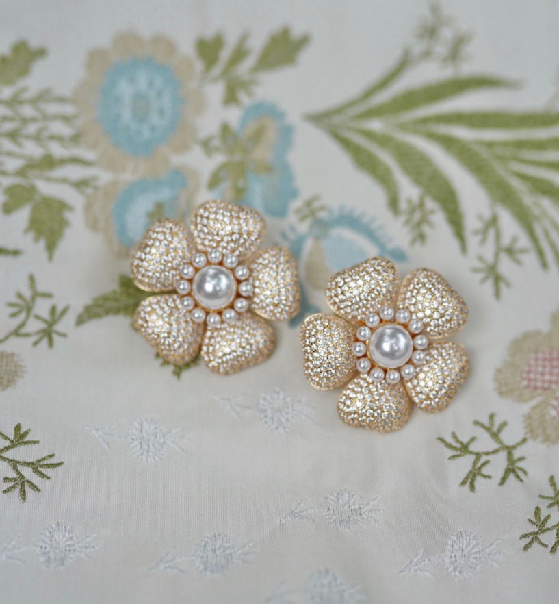 garden collection: embellished anemone