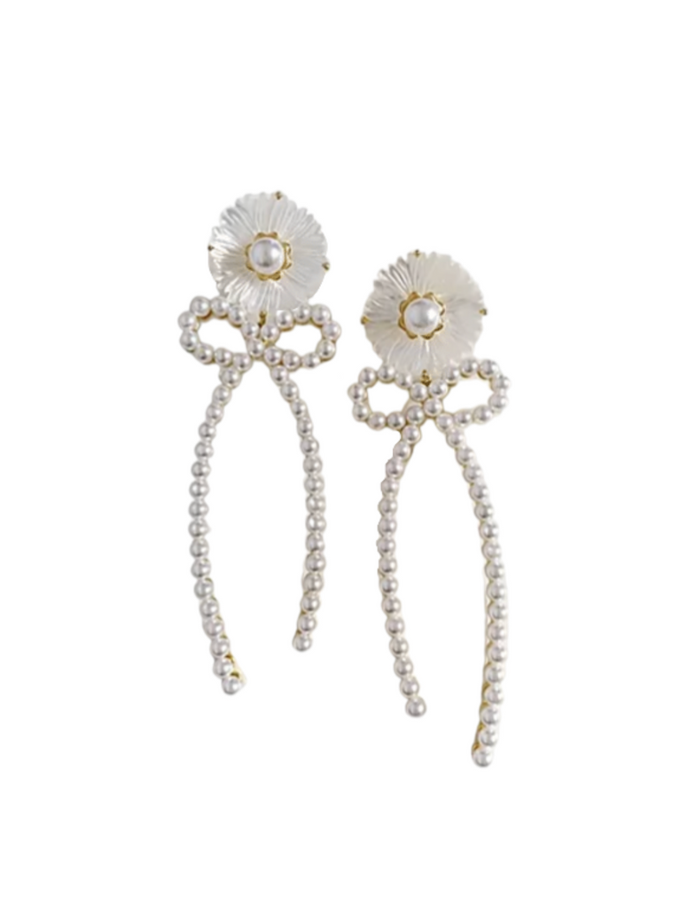 collection earrings: mother of pearl + pearly bow