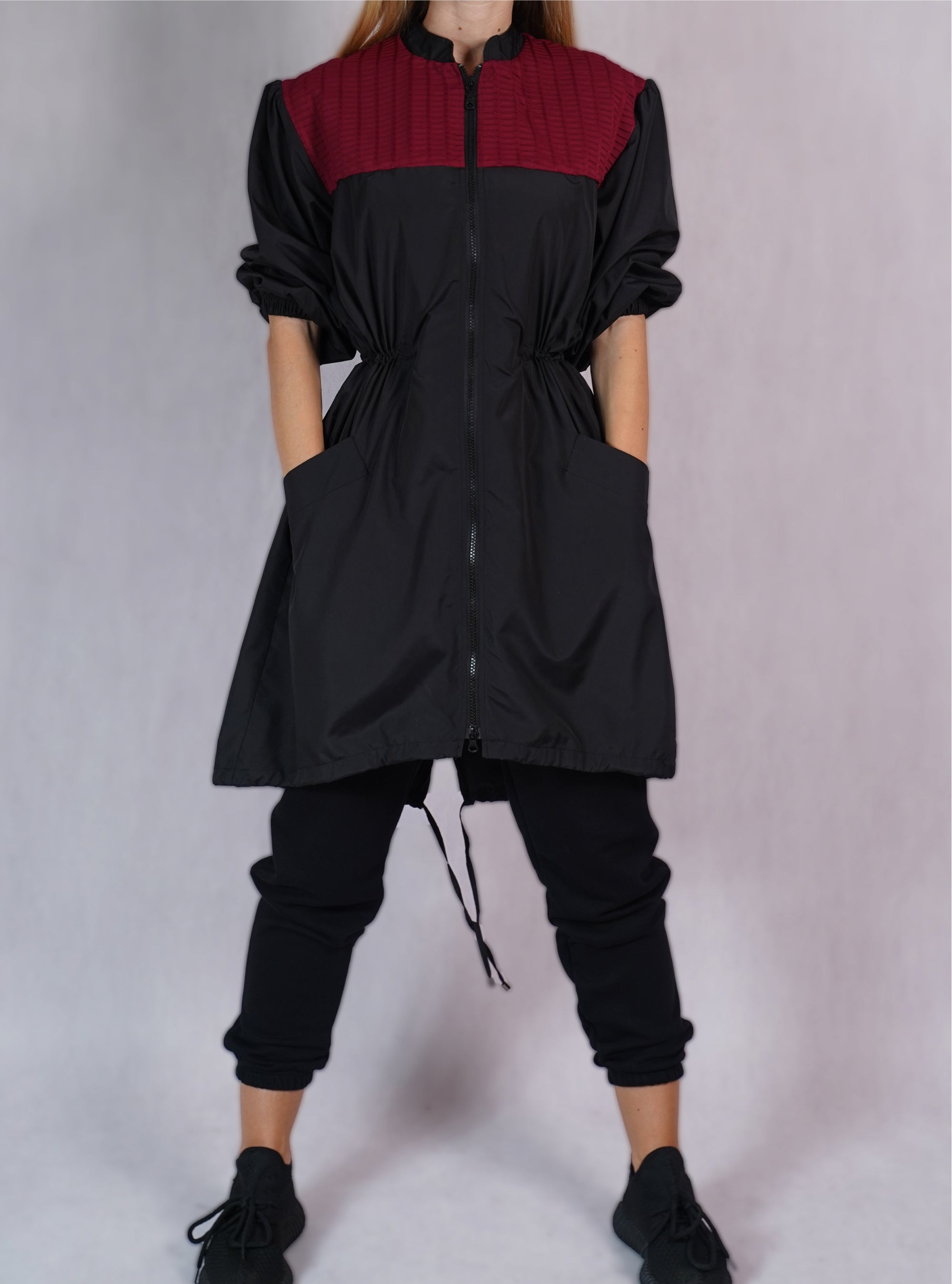 Windbreaker Trench Coat in Black/Bordeaux - C173001