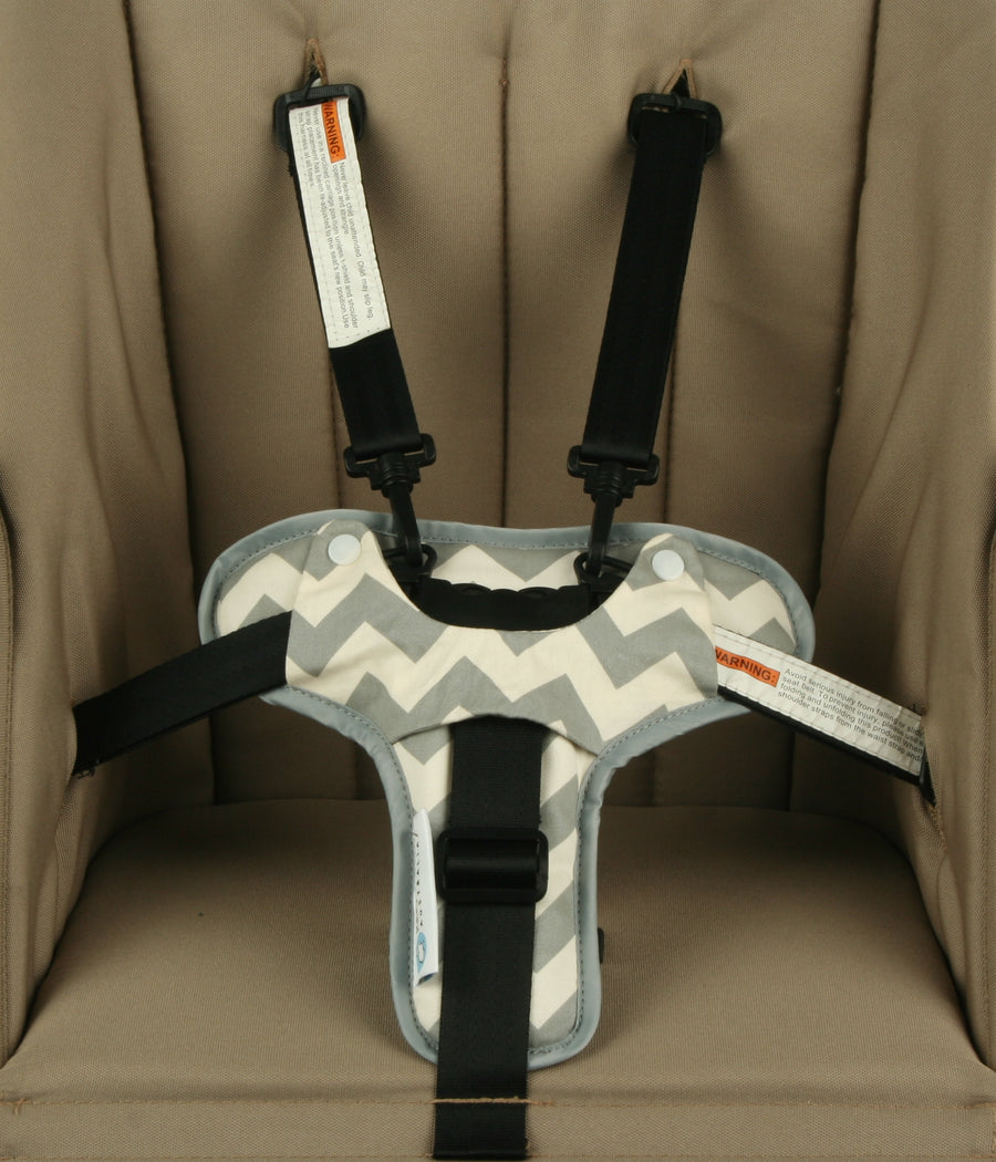 Harness & Buckle Cosy - Grey Chevron