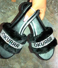 Load image into Gallery viewer, Okurrr bling fuzzy slippers (Black)