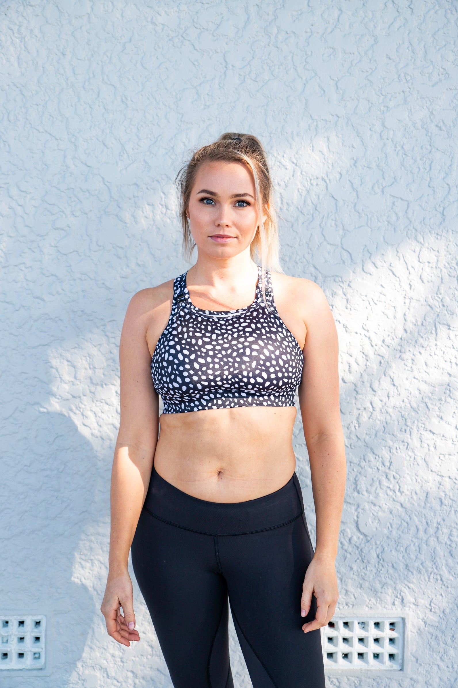 Nursing sports bra pebble