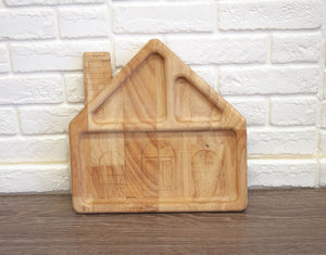 House shaped feeding tray