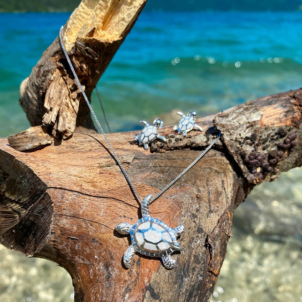SAVE THE TURTLES NECKLACE 925 Sterling Silver